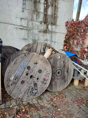 Bęben kablowy drewniany ZA DARMO