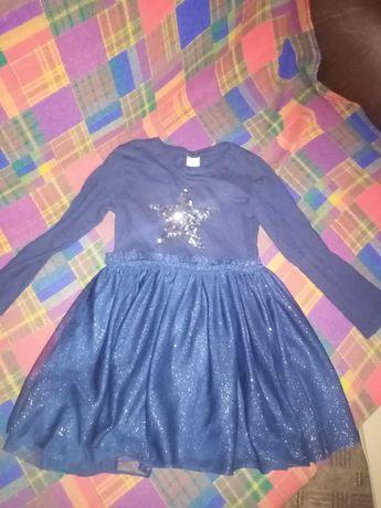 нарядне плаття з блискітками на 4-6років за 55грн, стан нового