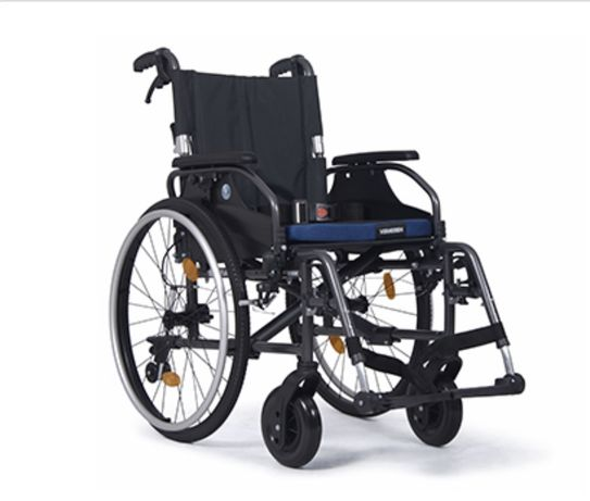 Wózek inwalidzki Vermeiren D200 B69