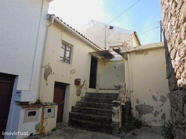 Moradia V2 Vale Formoso/ Aldeia do Souto Covilhã