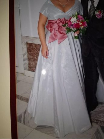 Suknia Ślubna, rozmiar 44