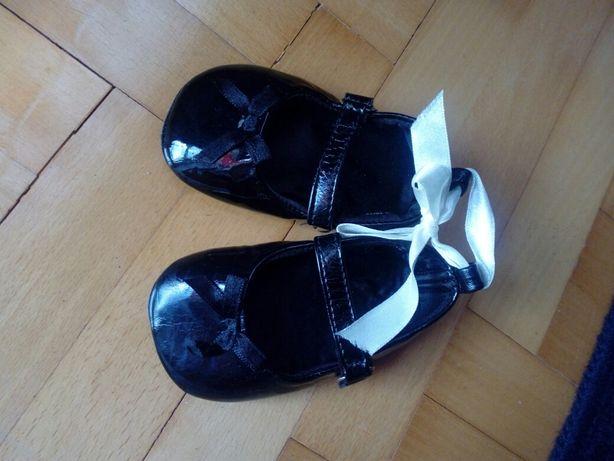 Pantofelki niemowlęce 11 cm