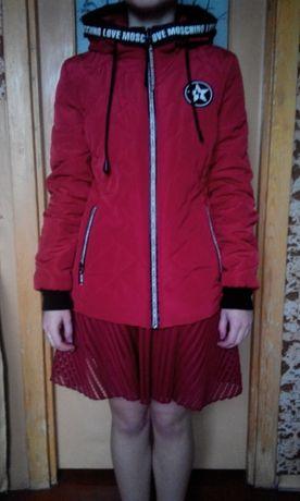 Стильная подростковая куртка.
