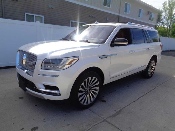 Lincoln Navigator 2018 продається