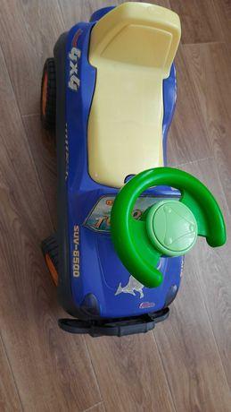 Машина толокар с багажником