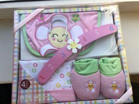 Комплект подарок для новорожденной девочки новый