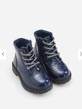Ботинки reserved новые.