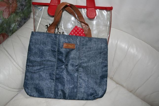 новая сумочка Gues на 6-10 лет