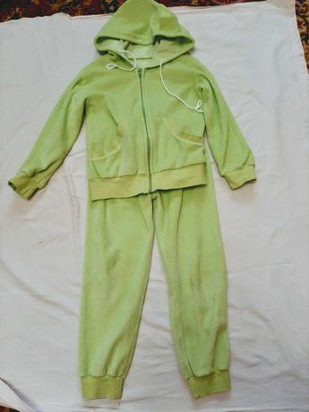 Спортивный костюм для девочки 5-7 лет