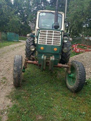 Трактор ЮМЗ та навісне