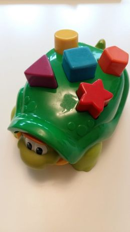 rożne zabawki dla dziecka