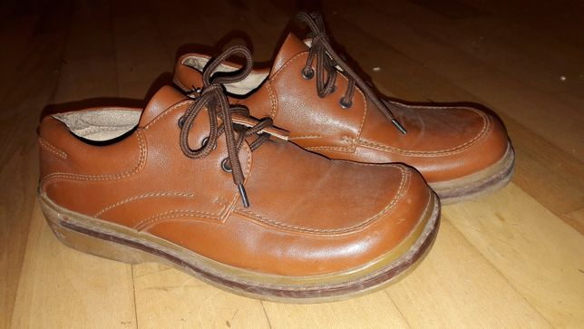 Buty eleganckie pantofelki 33 21cm
