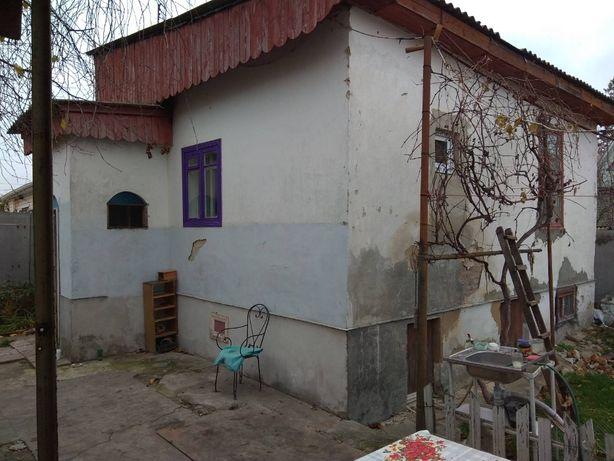 Квартира в центральной части города в одноэтажном доме