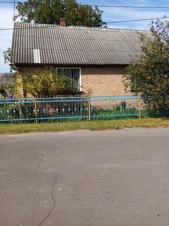 Продаж будинку у селищі Іваничі