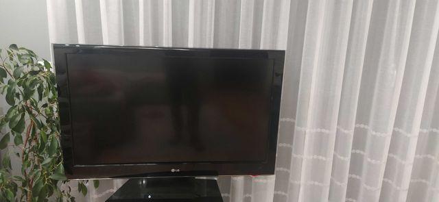 Telewizor LG 42LH5000