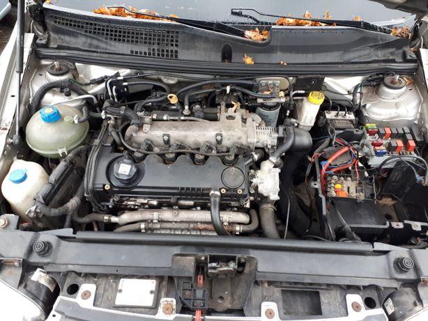 Silnik słupek Fiat Stilo 1.9 jtd 120 km