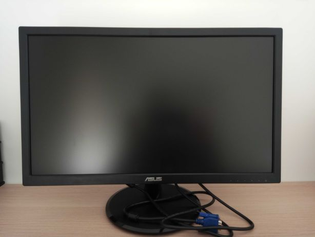 Monitor, teclado, adaptador novos