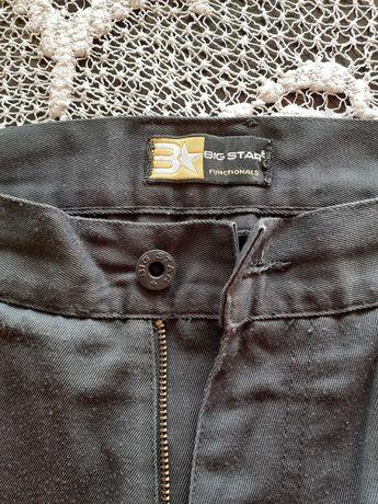 Spodnie firmy Bic Star