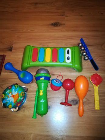 Zestaw instrumentów muzycznych dla chłopca lub dziewczynki.