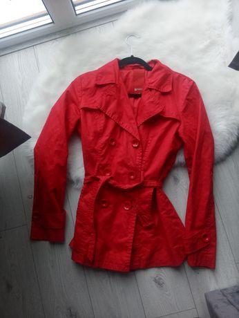 Czerwony Płaszcz Damski S 36