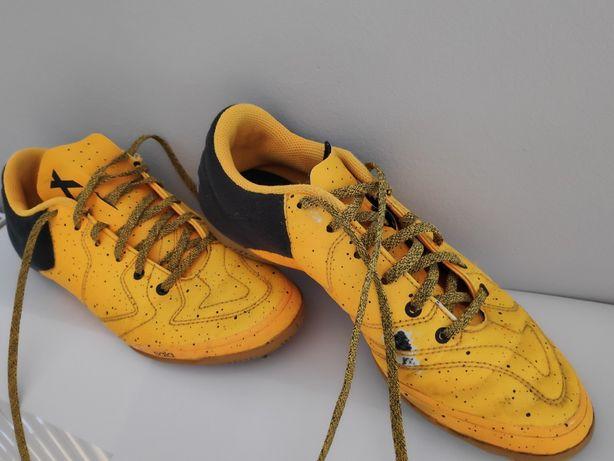 Obuwie sportowe halówki adidas rozm. 39 1/3