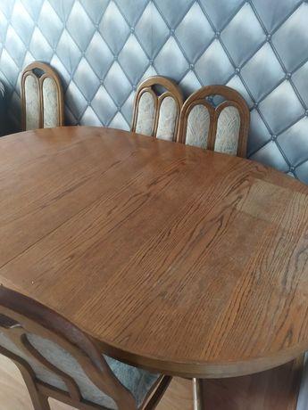 Sprzedam stół wraz z 4 krzesłami
