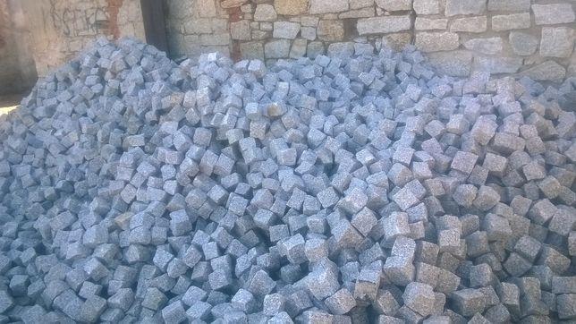 MAR-GRANIT producent kostki granitowej elementów granitowych