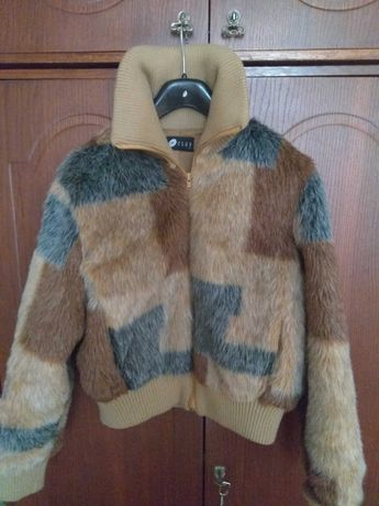 Молодежная меховая куртка