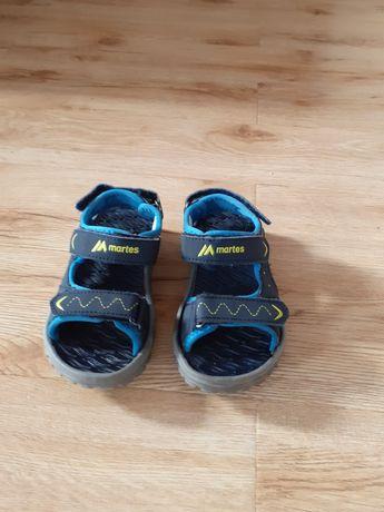 Sandałki chłopięce 28