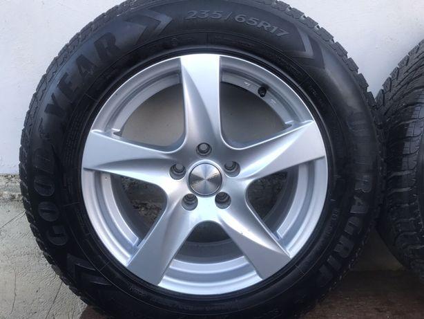 AUDI Q5 5*112 235/65/17r комплект зимових коліс