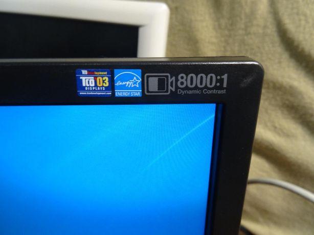 """ЖК монитор 19"""" Samsung SyncMaster 943nw в отличном состоянии"""