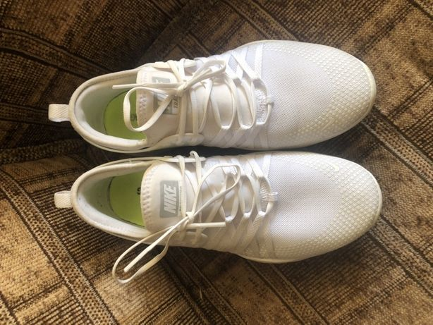 Nike Free TR7 оригинал кроссовки 40,5 размер
