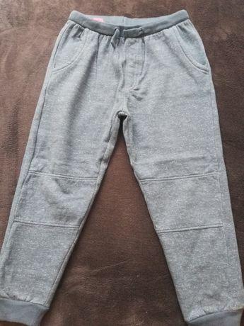 Spodnie dresy