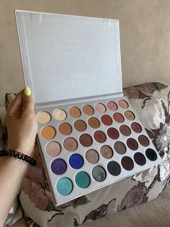Палетка теней The Jaclyn Hill Palette