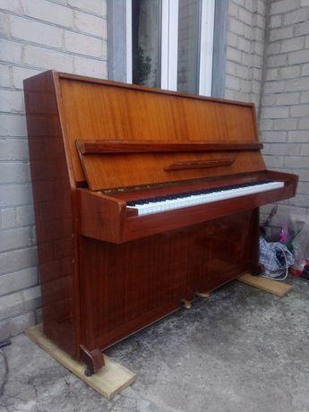 Пианино , фортепиано в отличном состоянии