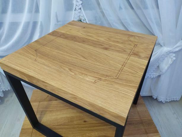 Nowy dębowy stolik kawowy z ozdobnym frezem
