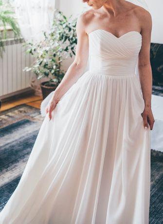 boho suknia ślubna zwiewna delikatna