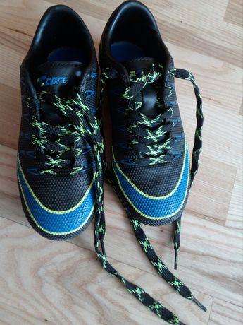 Korki 33, buty sportowe dla chłopca
