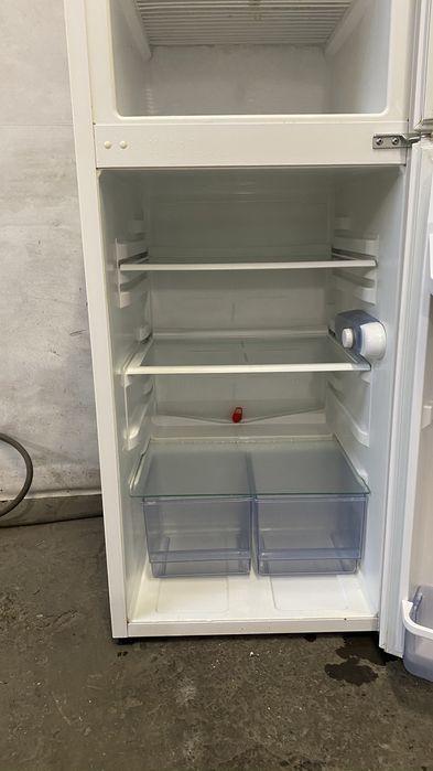 Холодильник в гарному стані превезений з німеччини Заставна - изображение 1
