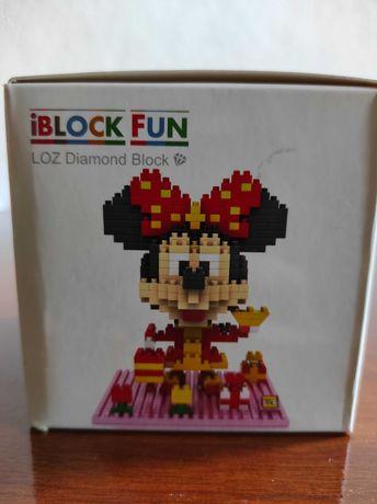 Minnie - Disney - Estilo Lego