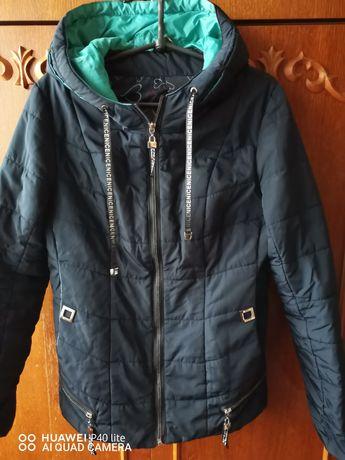 Куртки женские 46-48, 5 штук