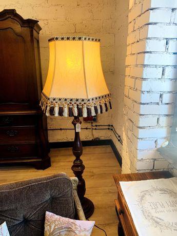 Lampa stojąca, podłogowa, drewniany stelaż