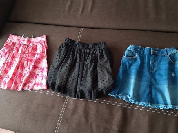 Sukienki - RESERVED, jeans - rozmiar 134