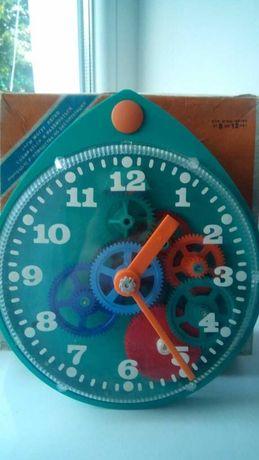 Часы настенные игрушка конструктор 1978г новые СССР