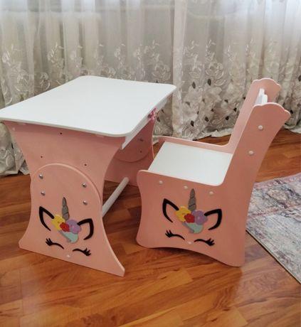 Детский столик и стульчик, растущая парта от 2 до 7 лет