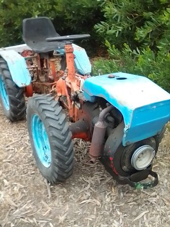 Trator articulado Pasquali 945/601 motor 18cv