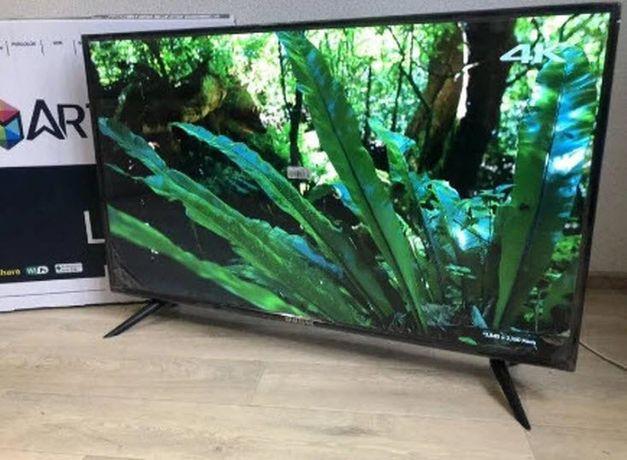 Самсунг телевізор Samsung 42 SMART TV відтворює файли FullHD