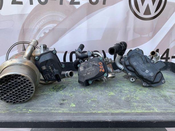 Дроссельная заслонка VW Golf 7 2017 Mk7 2.0TDI 04L128063T 04L128059T