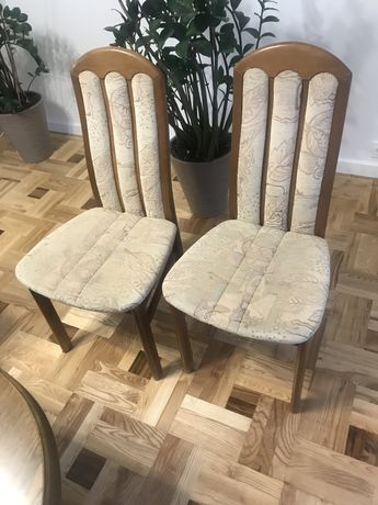 Stol i krzesla w idealnym stanie