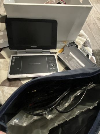 Panasonic DVD przenosne / samochodowe